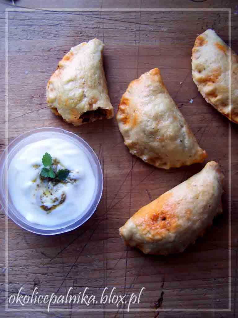 Pyszne empanadas prosto z pieca