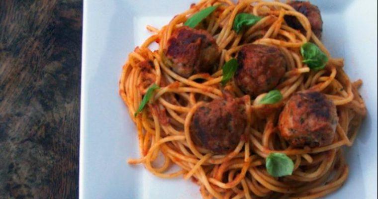 Spaghetti z klopsikami – spaghetti meatballs