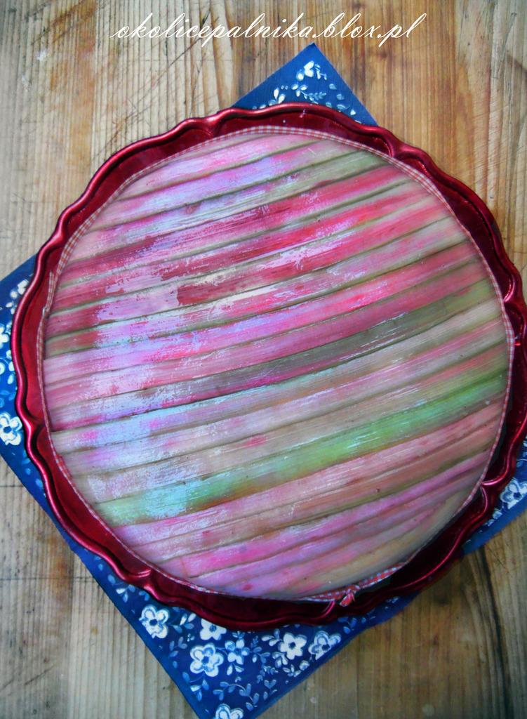 Sernik rabarbarowy na zimno