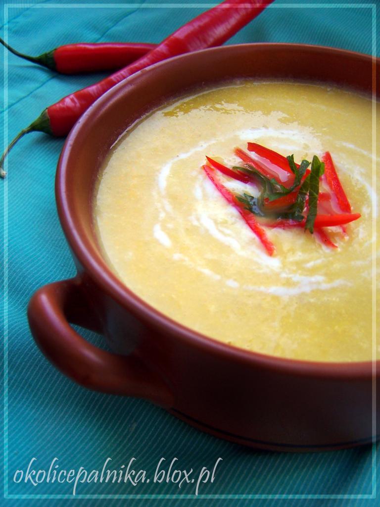 Zupa kukurydziana z kurczakiem i chili