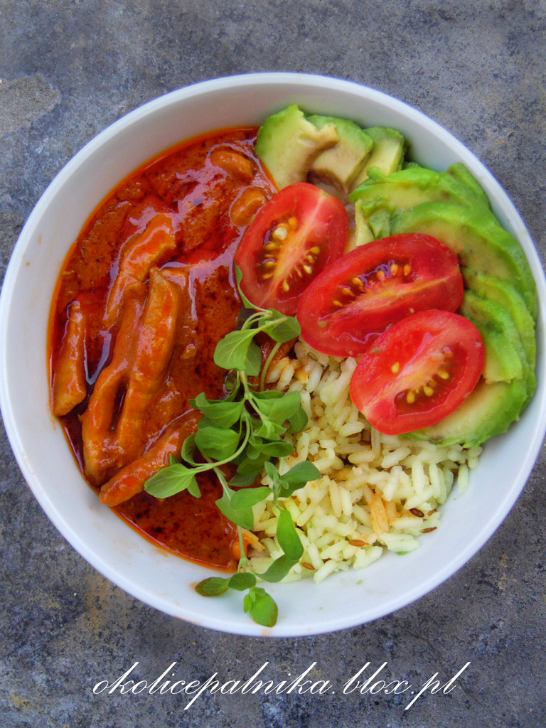 Szybkie czerwone curry z wieprzowiną
