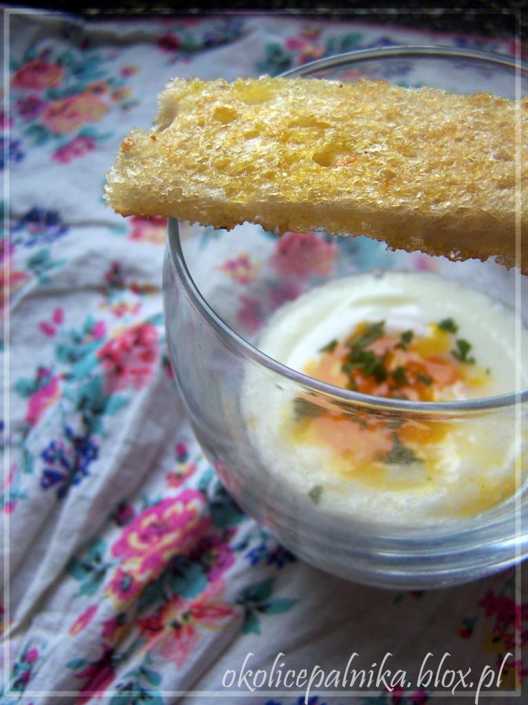 Jajko po wiedeńsku (w szklance)