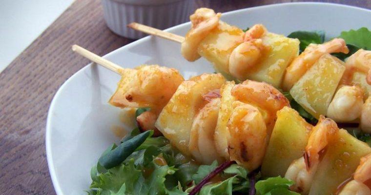 Glazurowane szaszłyki z krewetkami i melonem
