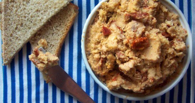 Pomidorowa pasta z cieciorki