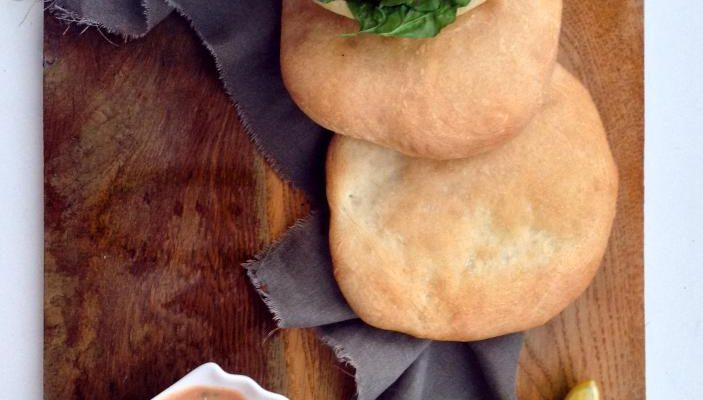Aromatyczny falafel z chlebkiem pita
