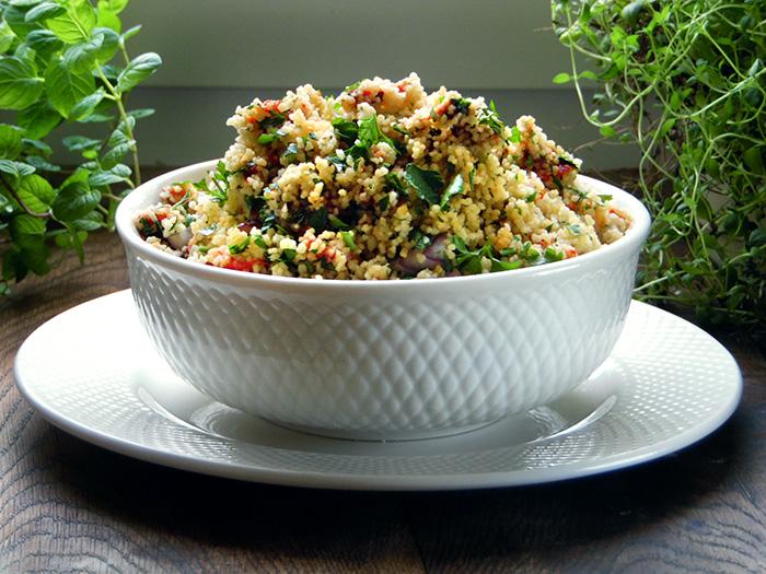 Sałatka z kuskusu – dodatek na grilla
