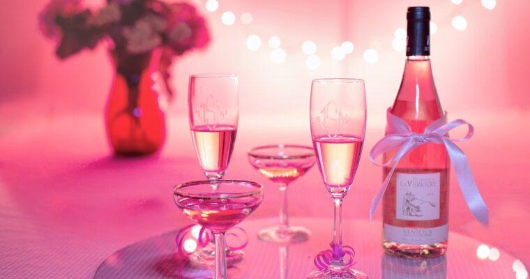 Co zrobić, aby romantyczna kolacja w domu wyszła idealnie?